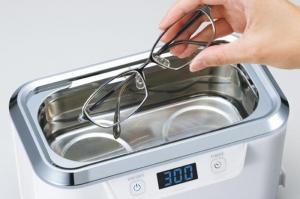 メガネ洗浄機、鼻も洗える?