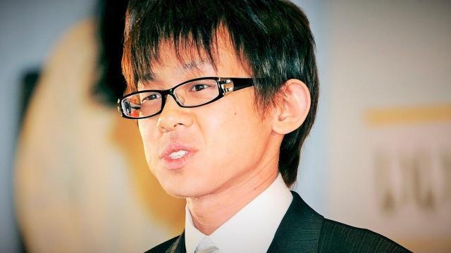 ツイッター用語「なう」で流行語大賞を受賞した梅崎健理さん=2010年12月1日