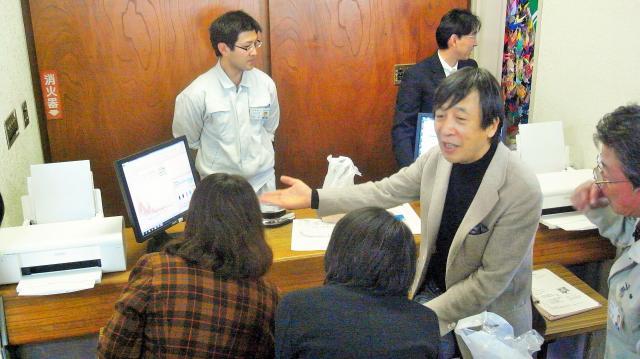 相馬市役所であった早野教授の講義=2011年11月29日