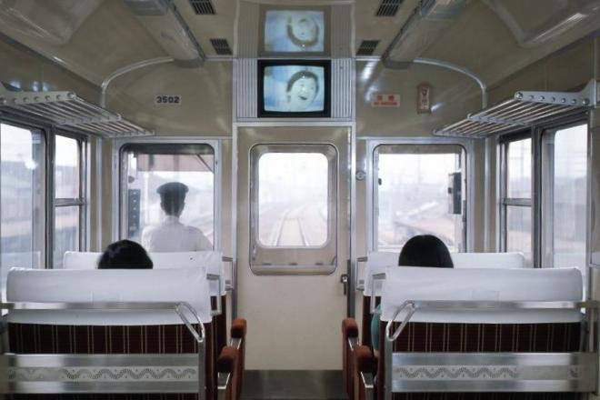 3000系特急車両内のテレビ。「テレビカー」として知られていた
