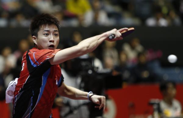 【2014年4月30日】世界卓球チャンピオンズシップ男子対韓国試合中の台湾・江宏傑選手(東京)