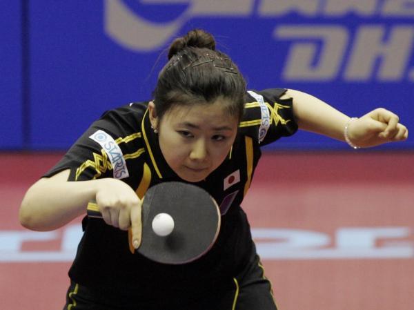 【2010年9月25日】世界卓球2010女子準々決勝対韓国試合中の福原愛選手(クアラルンプール)