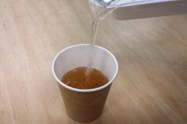 湯切りのお湯を使って中華スープをつくる