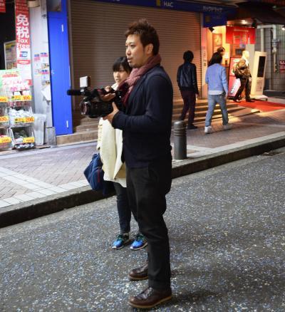 午前3時8分、横浜駅西口の繁華街に到着。周辺を一回りしてから声かけ開始