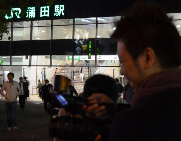 終電間際のJR蒲田駅西口前