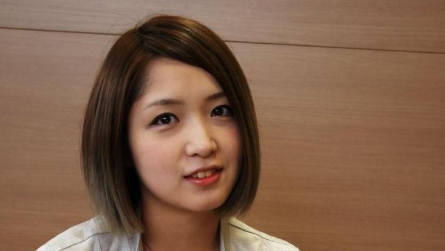 インタビューに答える菅実花さん