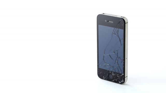 iPhone割れた、は悪夢か?