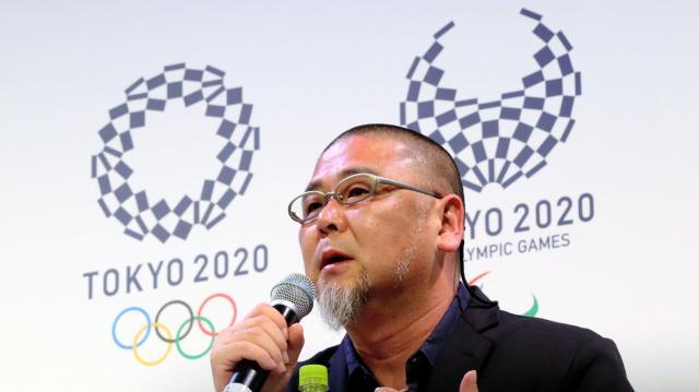 作品が東京五輪・パラリンピックのエンブレムに決まった野老朝雄さん=東京都港区虎ノ門、嶋田達也撮影