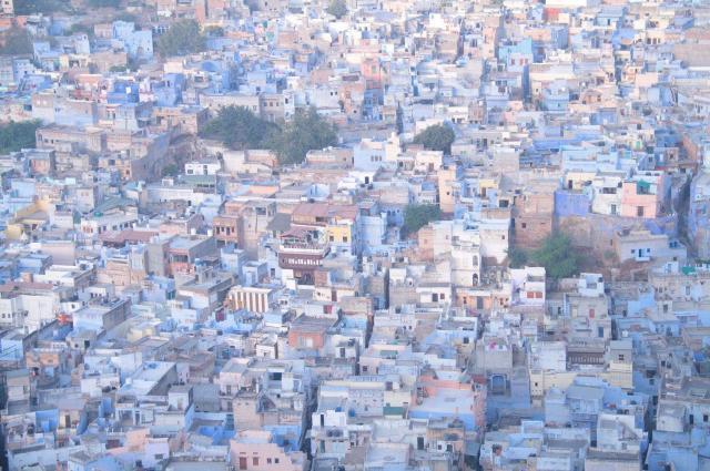 「世界の車窓から」1万回から。インドのブルーシティと呼ばれるジョードプル=テレビ朝日提供