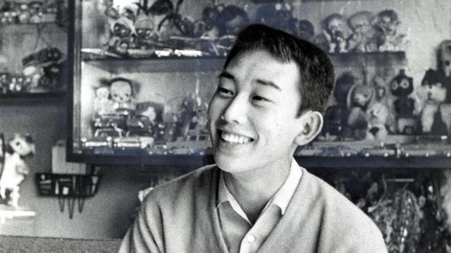 「潮来(いたこ)刈り」の橋幸夫さん=1961年3月29日