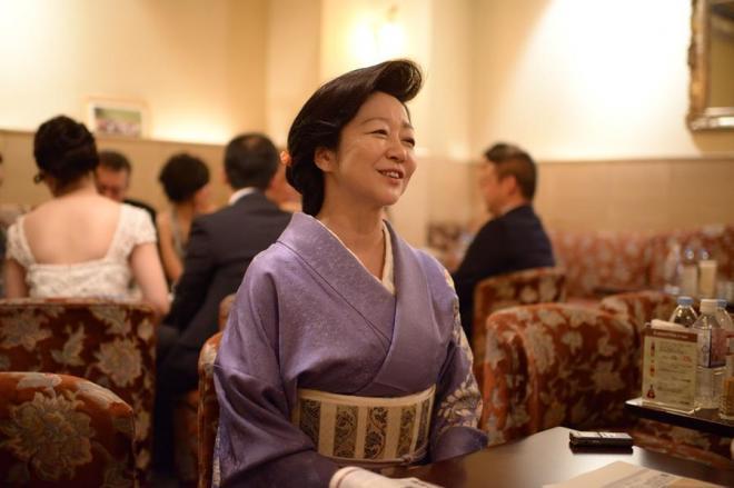 銀座のママ、白坂亜紀さんが「ゆとり世代」へおくる教え。「叱られればいいんです。そして、きちんと謝るの」=東京都中央区、小玉重隆撮影