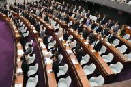 共産会派への「猛省」決議が、賛成多数で可決された神奈川県議会=2016年5月16日