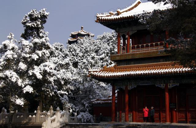 雪の紫禁城の一部=2012年3月