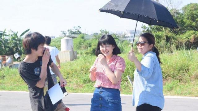 東京の高校生を主人公にした沖縄戦を考える短編映画の撮影風景=石井純さん提供
