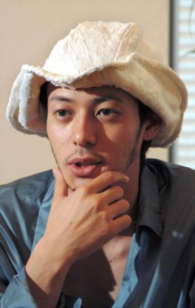 「仮面ライダークウガ」に出演したオダギリジョーさん