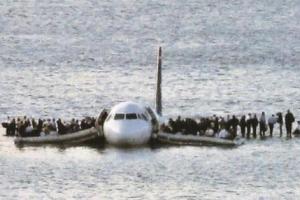 155人を救った機長の「その後」 ハドソン川の奇跡、全員生還の真実