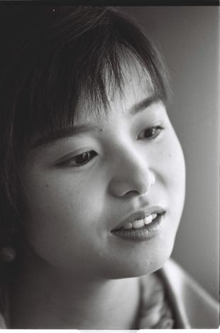 山口智子さん= 1992年4月28日