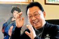 「夢芝居」がヒットした梅沢富美男さん=2011年
