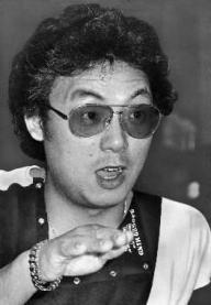 """「夢芝居」がヒットした当時の梅沢富美男さん。""""下町の玉三郎""""の愛称で人気だった=1983年"""