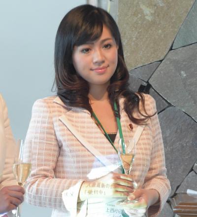 パーティーに出席した上西小百合議員=2014年7月4日、大阪市中央区、竹花徹朗撮影
