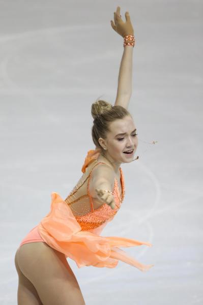 世界選手権女子SPで演技するエレーナ・ラジオノワ=2016年3月、遠藤啓生撮影