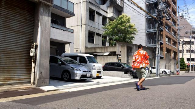 かつてコメダ珈琲店1号店があった場所にはマンションが立つ=名古屋市西区那古野2丁目