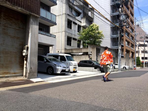 かつてコメダ珈琲店菊井店があった場所には、マンションが立つ=名古屋市西区那古野町2丁目