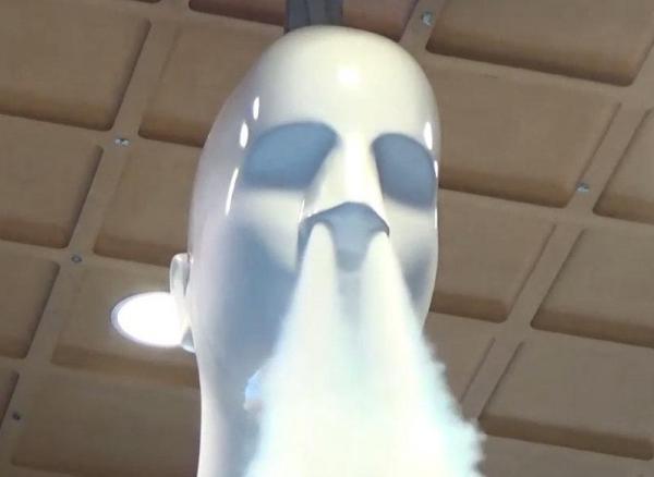 「ナナちゃん人形」の荒い鼻息