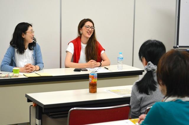 ひきこもりUX会議が開いた「ひきこもり女子会」。主催メンバーが自身の体験を語った