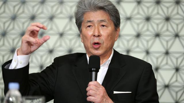 東京都知事選への出馬会見をする鳥越俊太郎氏=2016年7月12日