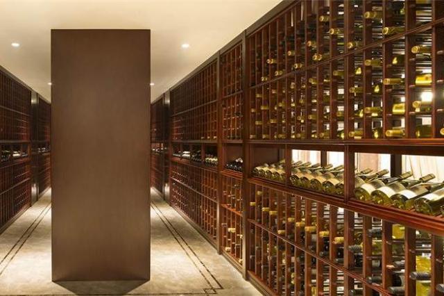 豪華なワインセラー