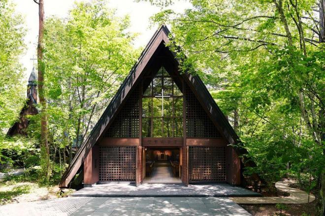こちらが軽井沢高原教会
