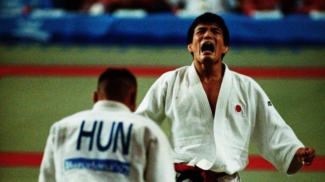 1992年夏、スペインのバルセロナで開かれた第25回オリンピック大会。柔道男子71キロ級で優勝した古賀稔彦選手