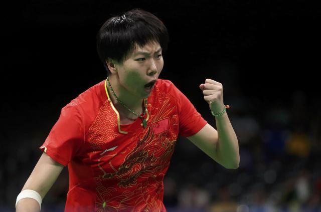 女子シングルス準々決勝で台湾選手と対戦した李暁霞選手=リオ、2016年8月9日