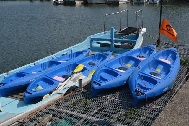 水路実験で使った2人乗りのカヌー