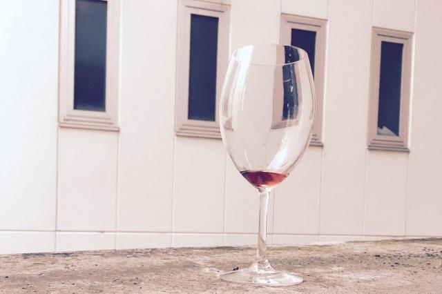 これがないと始まらないワイングラス