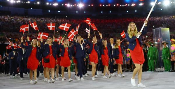 高級感漂うデンマークの選手団=ロイター