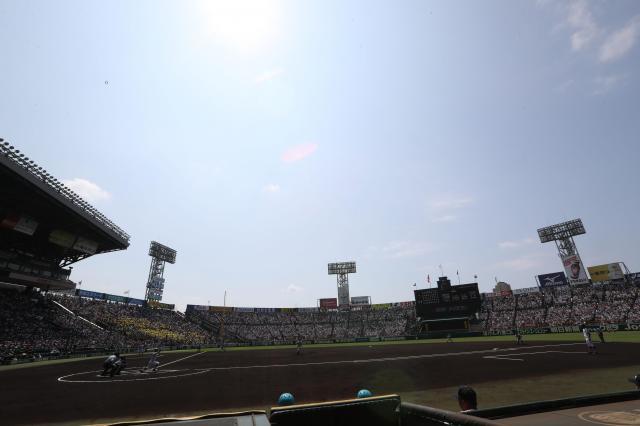 夏の高校野球が開かれている甲子園
