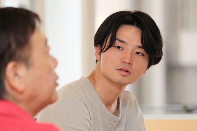 「いじめゼロ」という標語への違和感を語る奥田愛基さん=竹谷俊之撮影