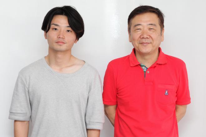 鴻上尚史さん(右)と奥田愛基さん=竹谷俊之撮影