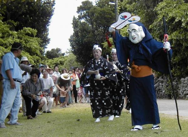 鳩間島の豊年祭