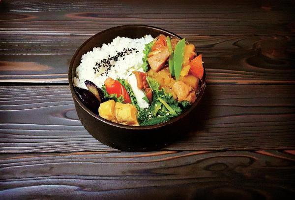 【「嫌がらせ弁当」のその後…まだまだ続いてた!】Kaoriさん家の定番料理をお弁当に