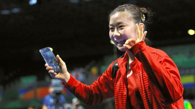 リオ五輪で笑顔を見せる福原愛選手