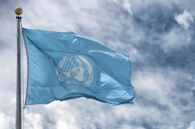 国連の旗。制裁にかけられた暗黙のルール