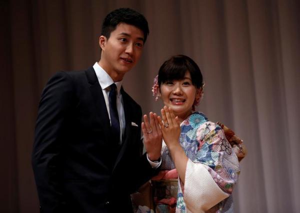 【2016年9月21日】日本で結婚を発表した福原愛選手と江宏傑選手