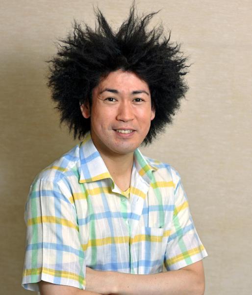 Eテレの子ども番組「フック ブック ロー」で「傑作君」を演じた谷本賢一郎さん=2011年