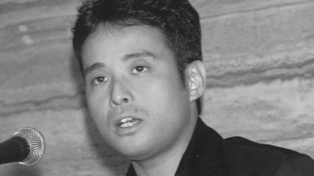 1997年1月、「海峡の光」で第116回芥川賞を受賞した時の辻仁成さん