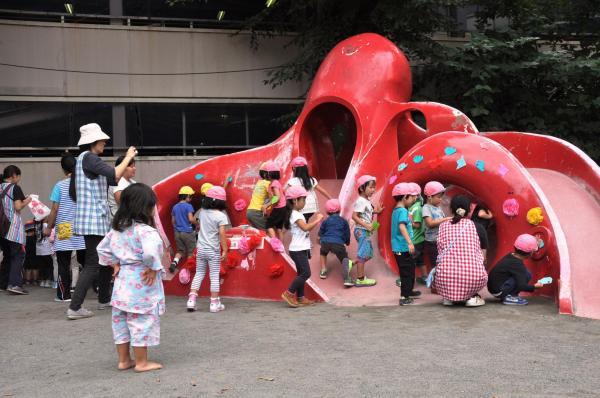 タコ公園の最終日、調布市が主催した「タコのお別れ会」の様子