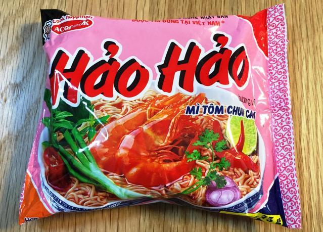 ベトナムの即席麺市場で、売り上げ全体の三分の一を占めるという袋麺「ハオハオ」。