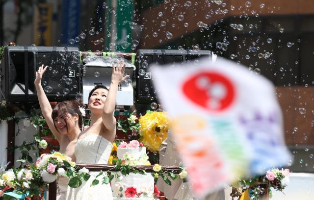5月に東京・渋谷で開かれたLGBTへの理解を求めるパレード